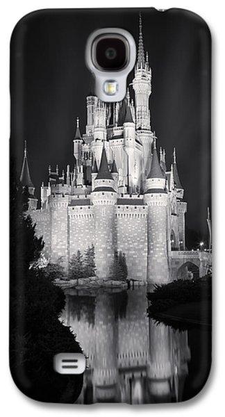 Cinderella's Castle Reflection Black And White Galaxy S4 Case by Adam Romanowicz