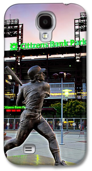 Citizens Bank Park - Mike Schmidt Statue Galaxy S4 Case by Bill Cannon