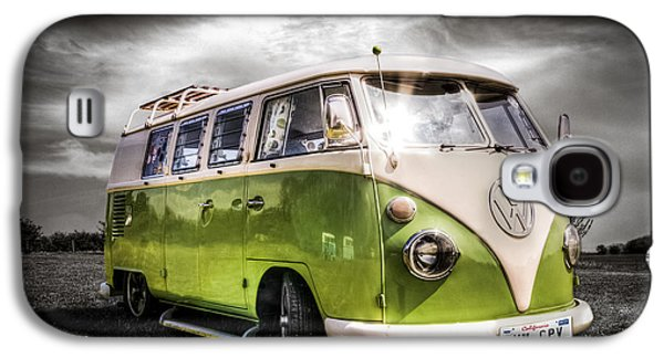 Classic Green Vw Campavan Galaxy S4 Case by Ian Hufton