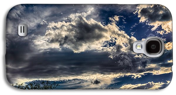 Galaxy S4 Case featuring the photograph Cloud Drama by Mark Myhaver