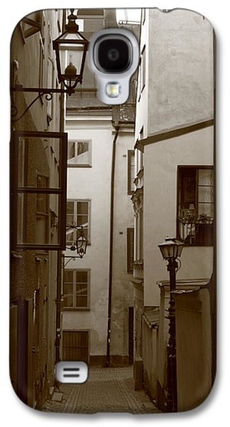 Cobbled Medieval Street - Monochrome Galaxy S4 Case by Ulrich Kunst And Bettina Scheidulin