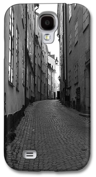 Cobbled Street - Monochrome Galaxy S4 Case by Ulrich Kunst And Bettina Scheidulin