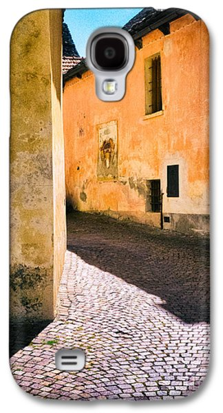 Galaxy S4 Case featuring the photograph Cobbled Street by Silvia Ganora