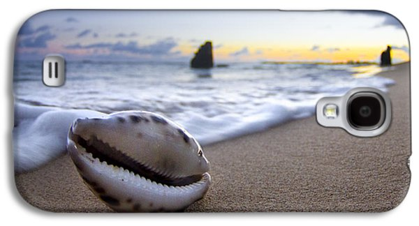Cowrie Sunrise Galaxy S4 Case by Sean Davey