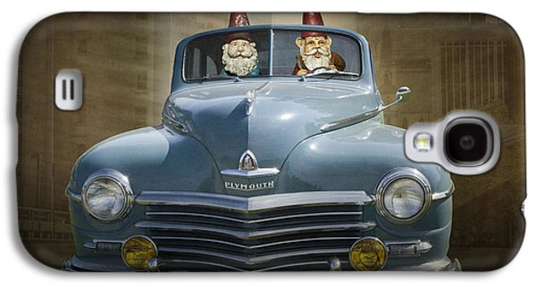 Cruising Gnomes In A Vintage Plymouth Galaxy S4 Case