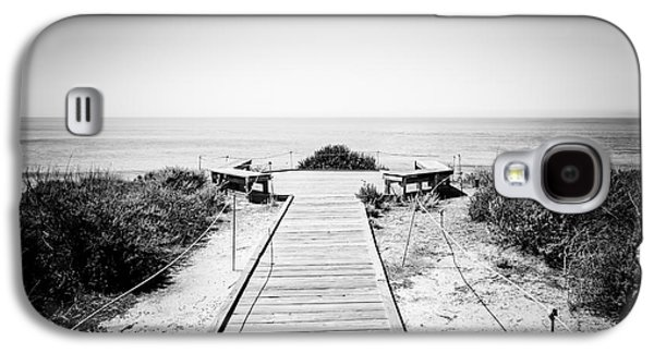 Crystal Cove Overlook Black And White Picture Galaxy S4 Case by Paul Velgos