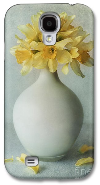 Daffodils In A White Flowerpot Galaxy S4 Case