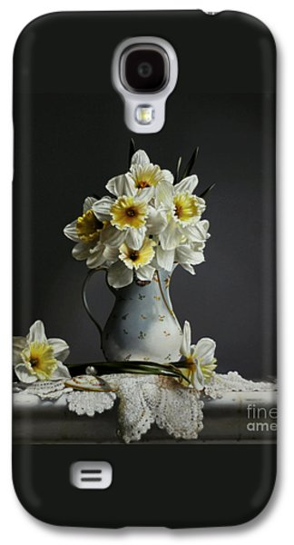 Daffodils Galaxy S4 Case by Larry Preston