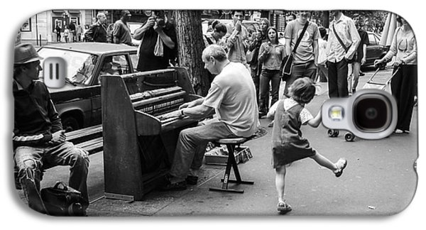 Dancing On A Paris Street Galaxy S4 Case by Diane Diederich