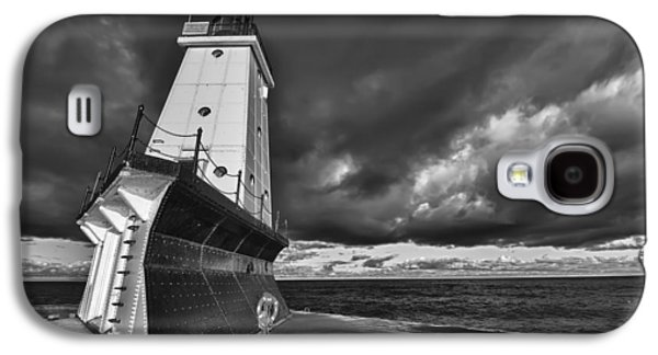 Dark Clouds Black And White Galaxy S4 Case by Sebastian Musial