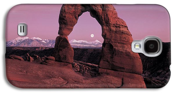 Delicate Arch Galaxy S4 Case by Leland D Howard