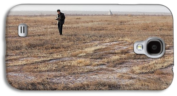 Dried Up Lake Bed From Drought Galaxy S4 Case by Ashley Cooper