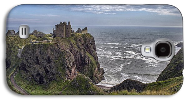 Dunnottar Castle And The Scotland Coast Galaxy S4 Case