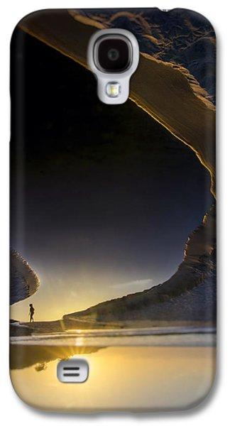 Earth Walker Galaxy S4 Case by Sean Foster