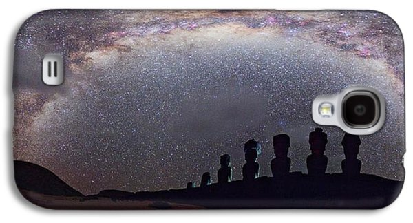 Easter Island Moai And Milky Way Galaxy S4 Case by Juan Carlos Casado (starryearth.com)