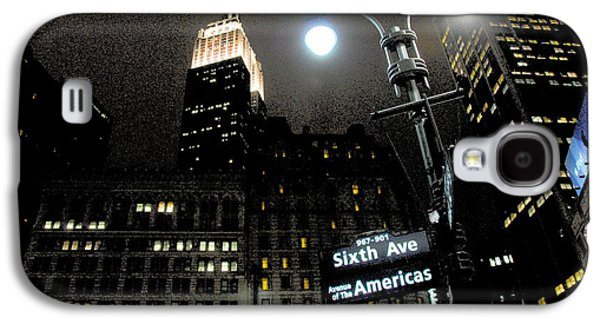 Empire State Building At Night Galaxy S4 Case by Ivo Kerssemakers