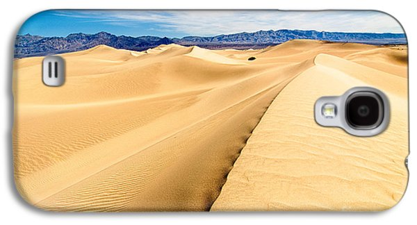 Endless Dunes - Panoramic View Of Sand Dunes In Death Valley National Park Galaxy S4 Case by Jamie Pham