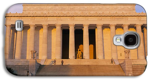 Facade Of A Memorial Building, Lincoln Galaxy S4 Case by Panoramic Images