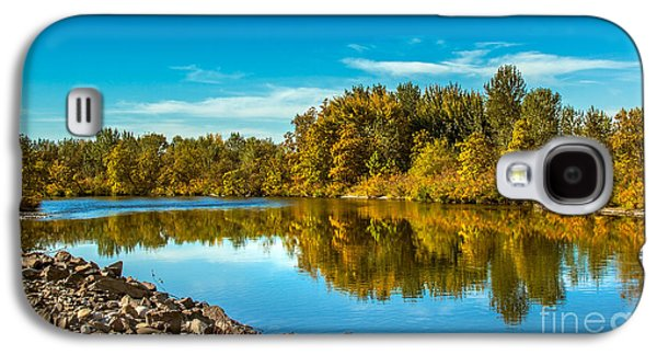 Fall Along The Payette River Galaxy S4 Case by Robert Bales