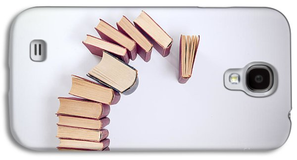 Falling Books Galaxy S4 Case by Viktor Pravdica
