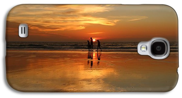 Family Reflections At Sunset -3  Galaxy S4 Case