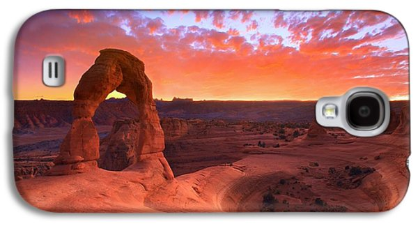 Landscapes Galaxy S4 Case - Famous Sunset by Kadek Susanto