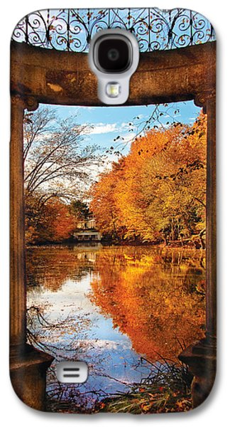 Fantasy - Paradise Waits Galaxy S4 Case by Mike Savad