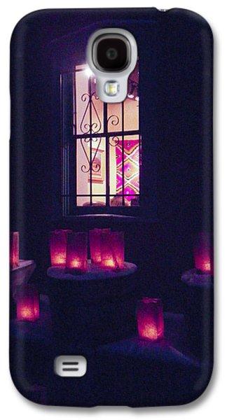 Farolitos Or Luminaria Below Window 2 Galaxy S4 Case by Tamara Kulish