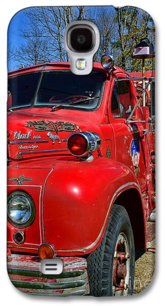 Fireman - A Very Old Fire Truck Galaxy S4 Case