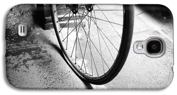 Galaxy S4 Case featuring the photograph Flat Bicycle Tire by Dave Beckerman