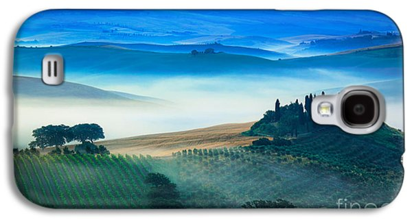 Fog In Tuscan Valley Galaxy S4 Case by Inge Johnsson