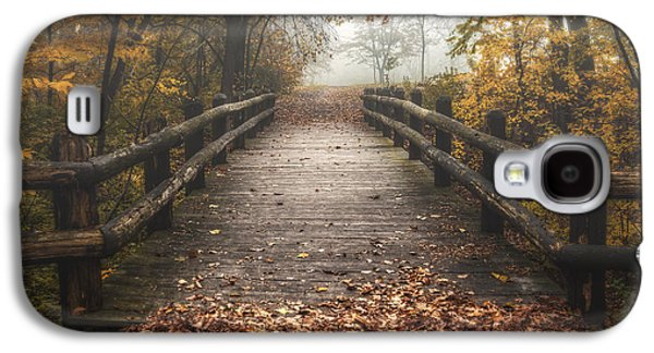 Foggy Lake Park Footbridge Galaxy S4 Case by Scott Norris