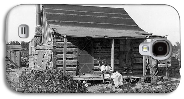 Former Slaves At Their Cabin Galaxy S4 Case by Underwood Archives
