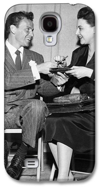Frank Sinatra Signs For Fan Galaxy S4 Case