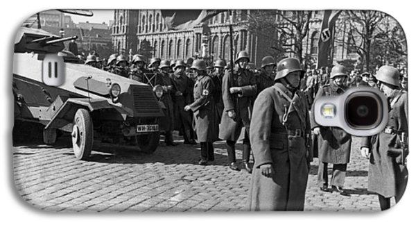 German Panzer In Vienna Galaxy S4 Case by Underwood Archives
