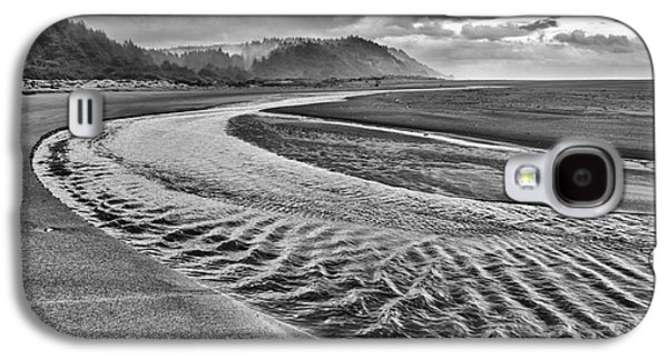 Gold Bluffs Beach Is Located In The Prairie Creek Redwoods State In Black And White. Galaxy S4 Case