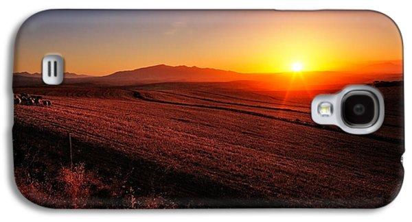 Golden Sunrise Over Farmland Galaxy S4 Case by Johan Swanepoel