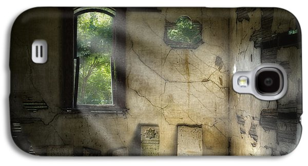 Gospel Center Church Interior Galaxy S4 Case by Tom Mc Nemar