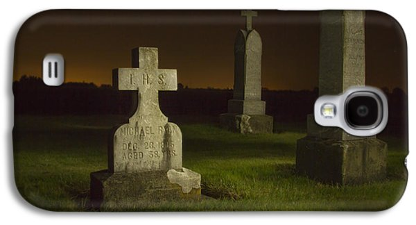 Final Resting Place Galaxy S4 Case - Gravestones At Night Painted With Light by Jean Noren