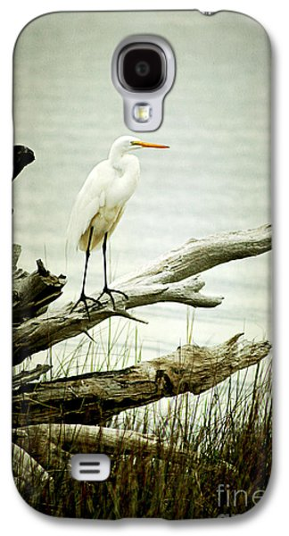 Great Egret On A Fallen Tree Galaxy S4 Case by Joan McCool
