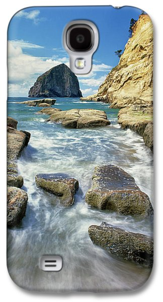 Haystack Rock At Cape Kiawanda State Galaxy S4 Case