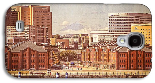 Historical Red Brick Warehouses Galaxy S4 Case by Beverly Claire Kaiya