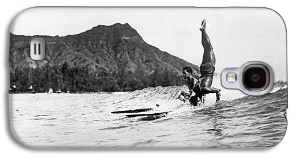 Hot Dog Surfers At Waikiki Galaxy S4 Case
