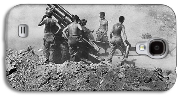 Howitzer Shelling In Korea Galaxy S4 Case by Underwood Archives