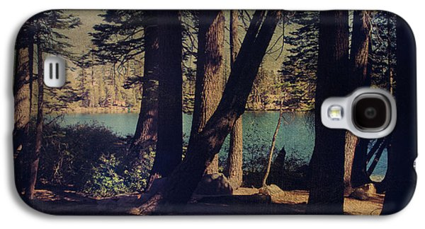 I Sit In The Shadows Galaxy S4 Case by Laurie Search