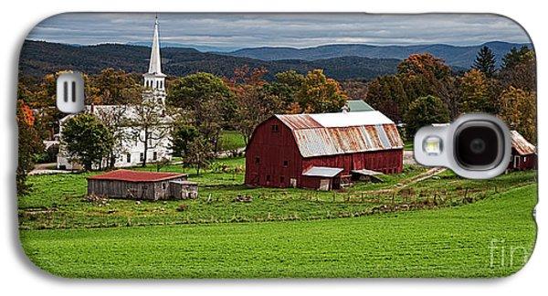 Idyllic Vermont Small Town Galaxy S4 Case by Edward Fielding