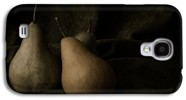 Pear Galaxy S4 Case - In Darkness by Amy Weiss