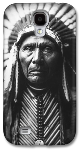 Portraits Galaxy S4 Case - Indian Of North America Circa 1905 by Aged Pixel