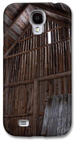 Inside An Old Barn Galaxy S4 Case by Edward Fielding