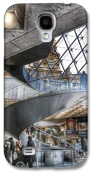 Louvre Galaxy S4 Case - Inside The Louvre Museum In Paris by Marianna Mills